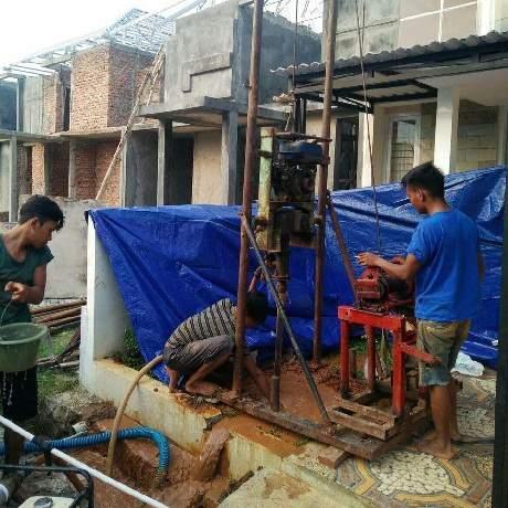 Buat Sumur Bor di Perigi Baru, Tangerang Selatan